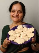 Sunetra with Anarasay Cookies.jpg